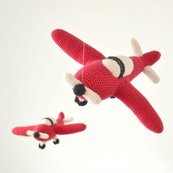 crochet planes in flight